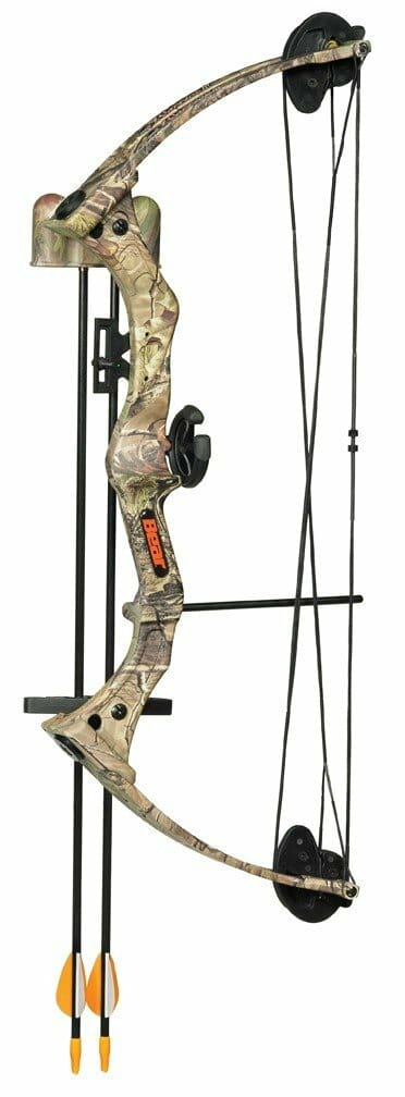 Bear Warrior III Realtree Camo Bow Set - Right Handed